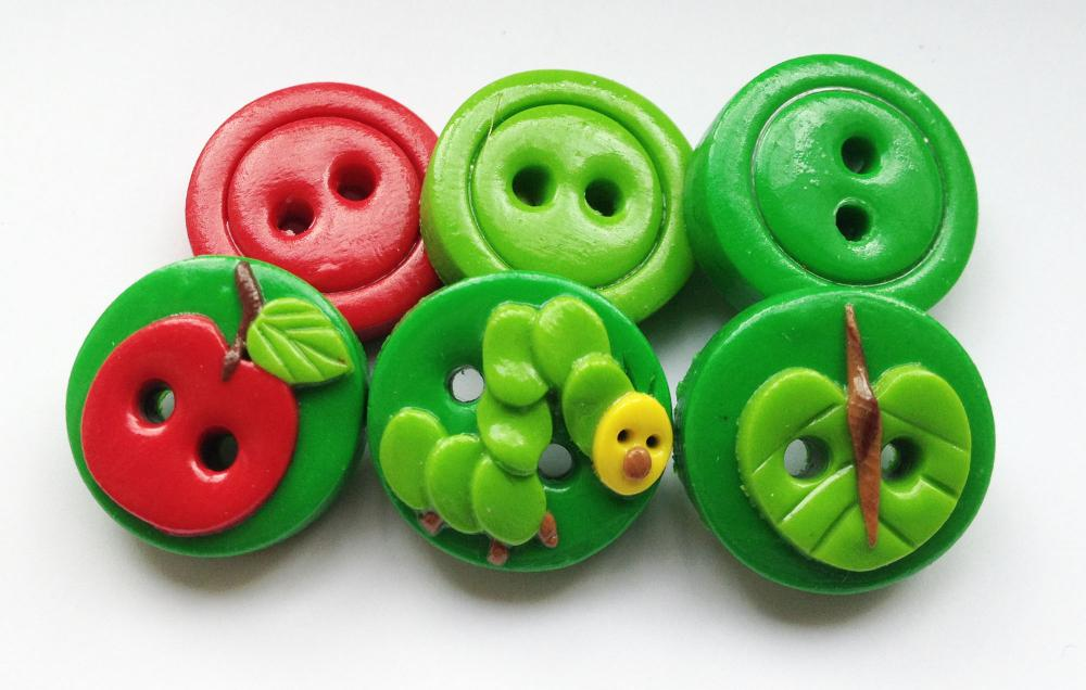 Caterpillar - set of 5 polymer clay buttons