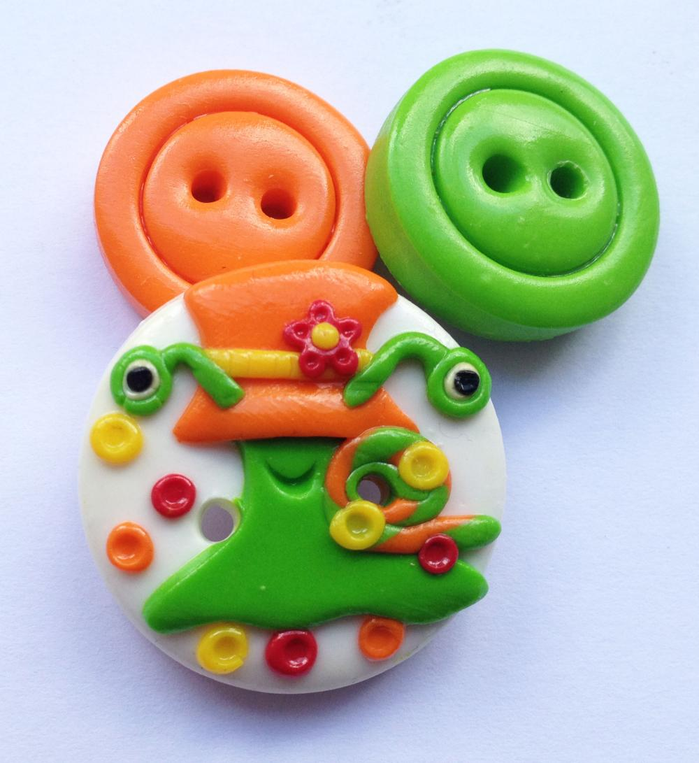 Lady Snail - set of 3 polymer clay buttons