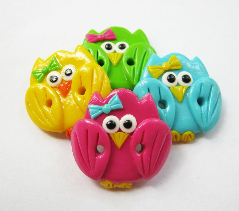 Cute little owls - set of 4 polymer clay buttons ( can be made as appliques too)