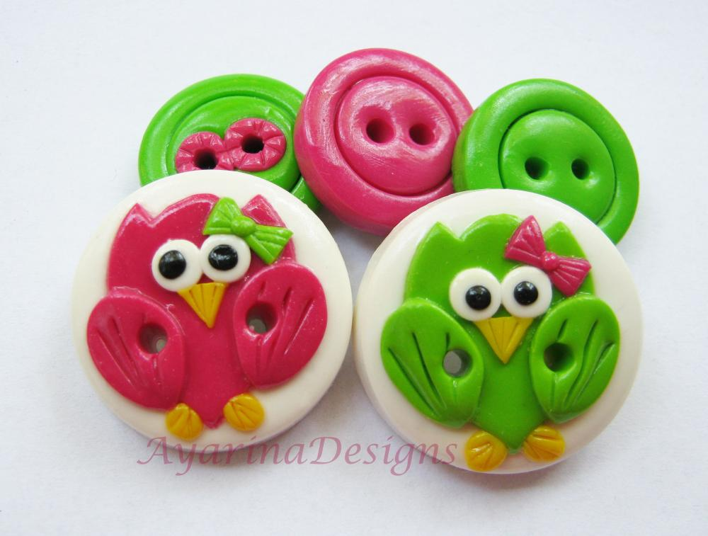 Pink & Green owls - set of 5 polymer clay buttons