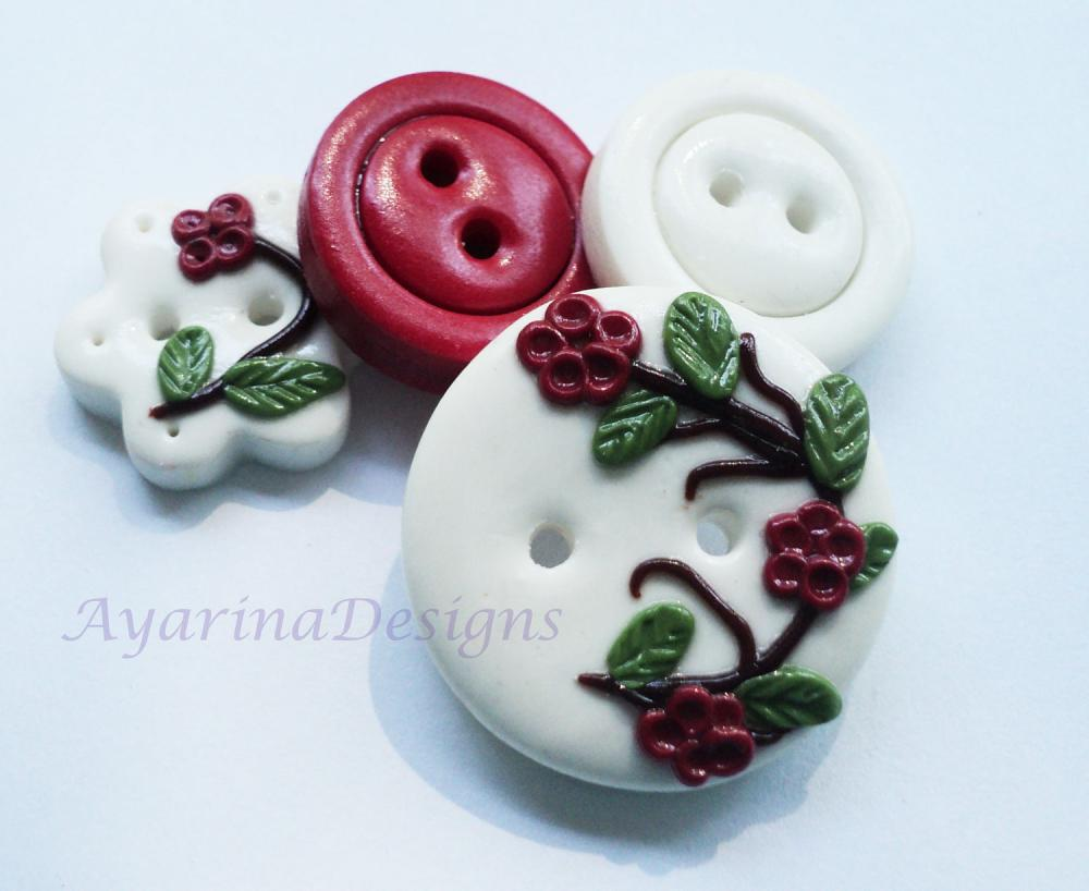 Red blossom - set f 4 polymer handmade buttons