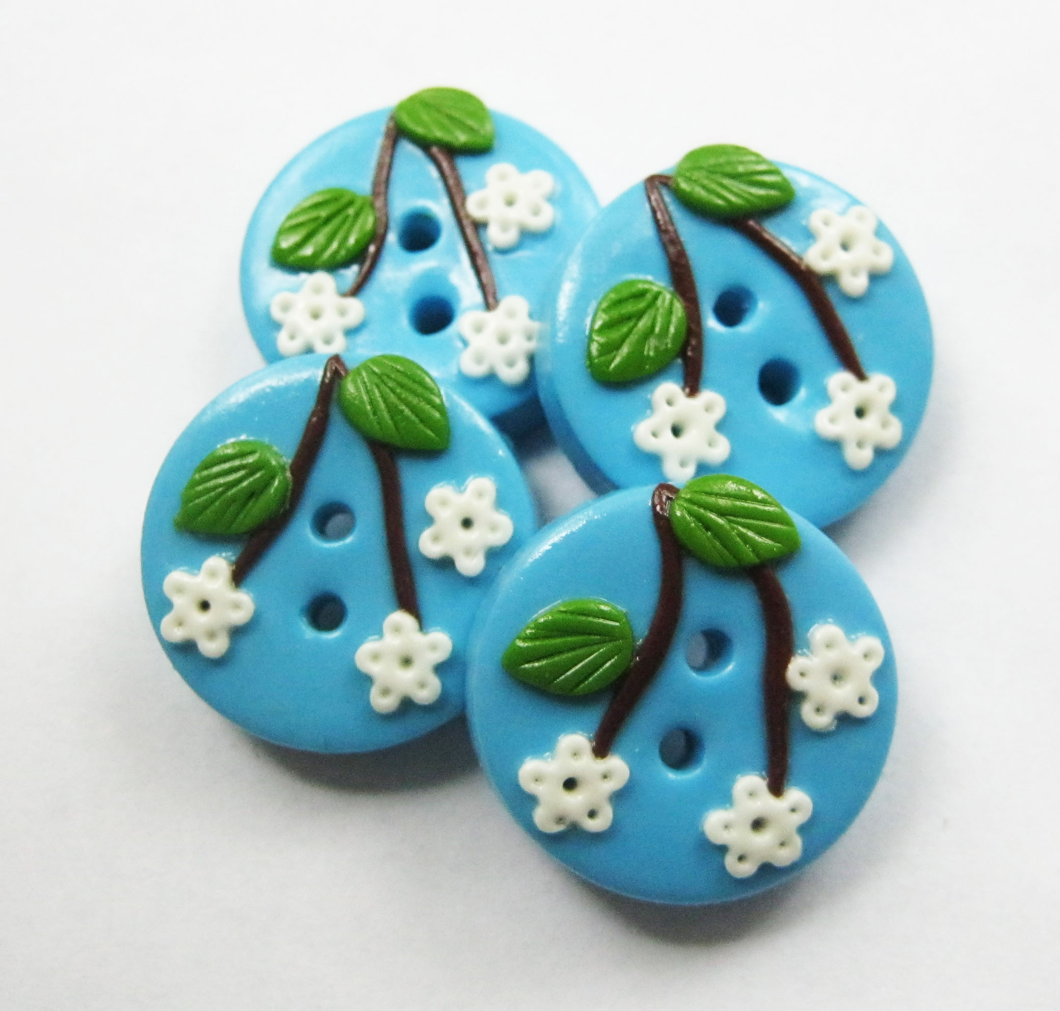 Blue FlowersSet Of 4 Polymer Clay Buttons on Luulla